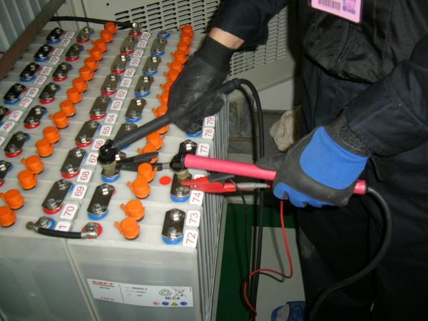 實載放電測試儀器